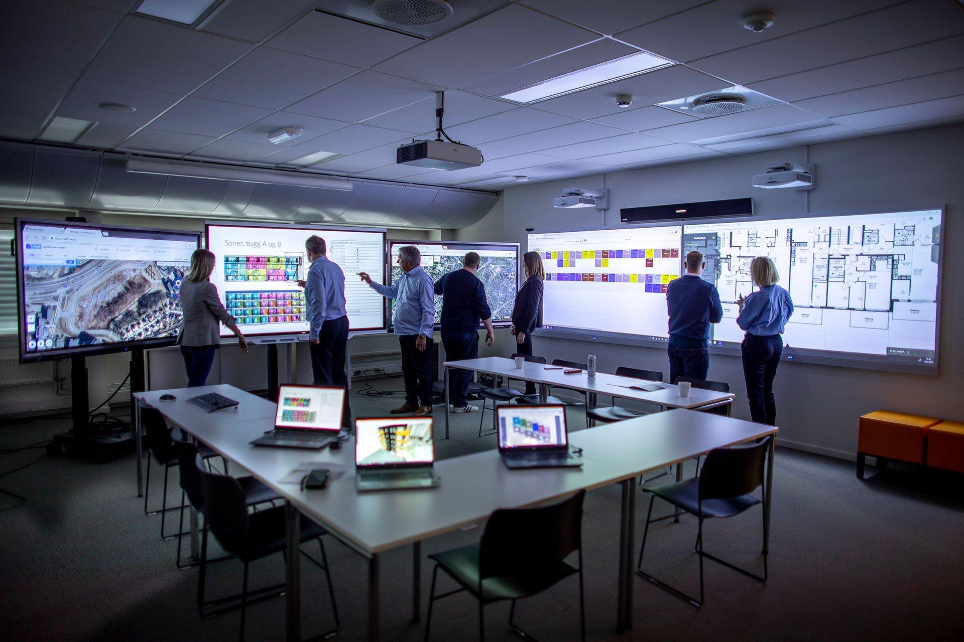 Lean-communications-kurslokale-tilrettelagt-interaktive-vegger-interaktiv-lyd
